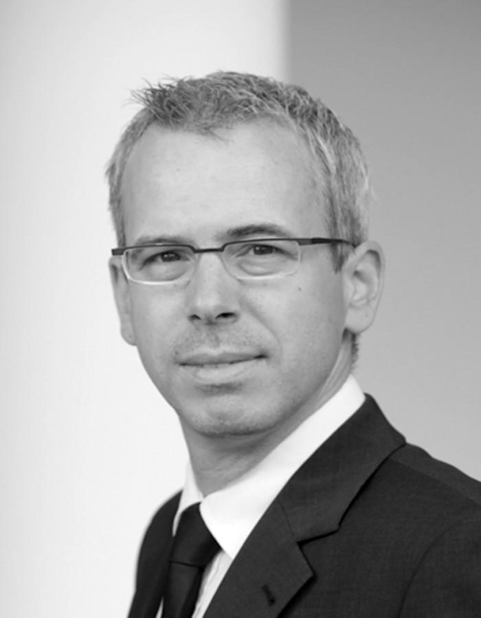 Dirk Stelzer