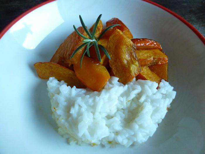 Kürbis vom Blech - mit Rosmarin und Reis