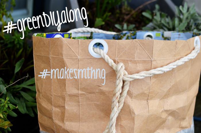 Upcycling mit Tetra Pacs. Hier ein toller Sack für Gartenabfälle. Anleitung und Foto: www.blog.erbsenprinzessin.com